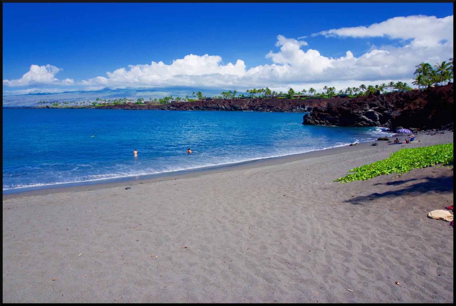 49 Black Sand Beach The Only Black Sand Beach On The Kona