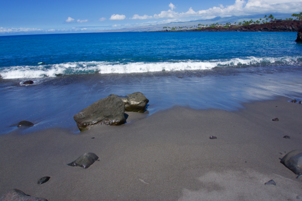 49 Black Sand Beach Hawaii