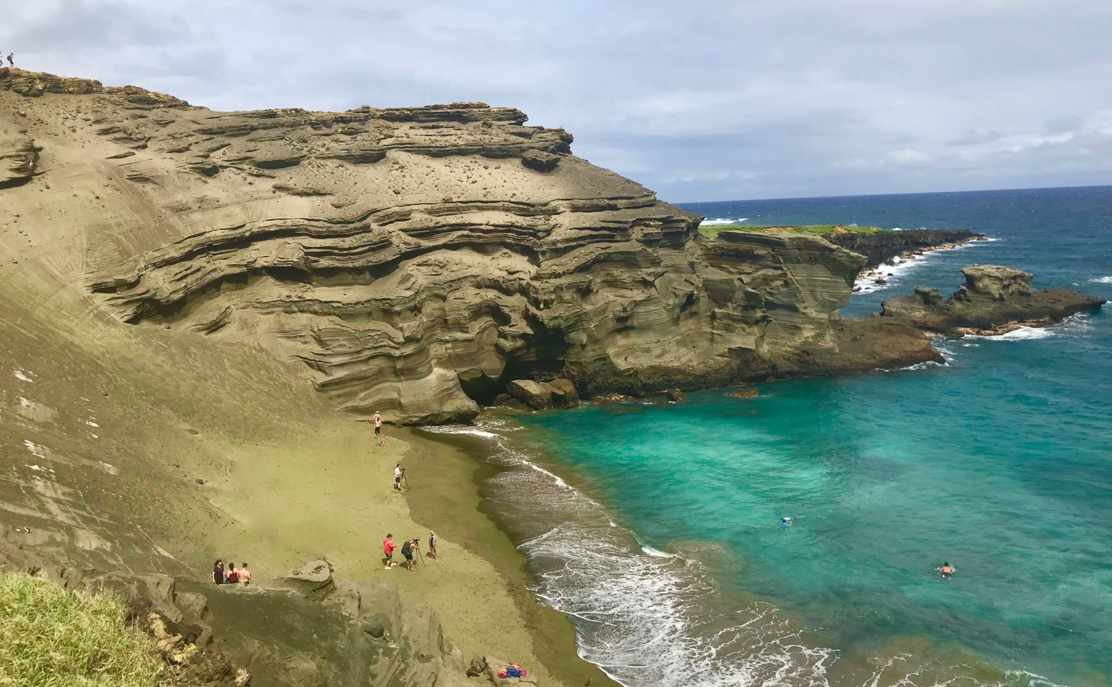 Green Sand Beach Gets Its Unique Earance From Fragmented Olivine Crystals The Only Gem That Naturally Exists On Geologically Young Island Of Hawaii