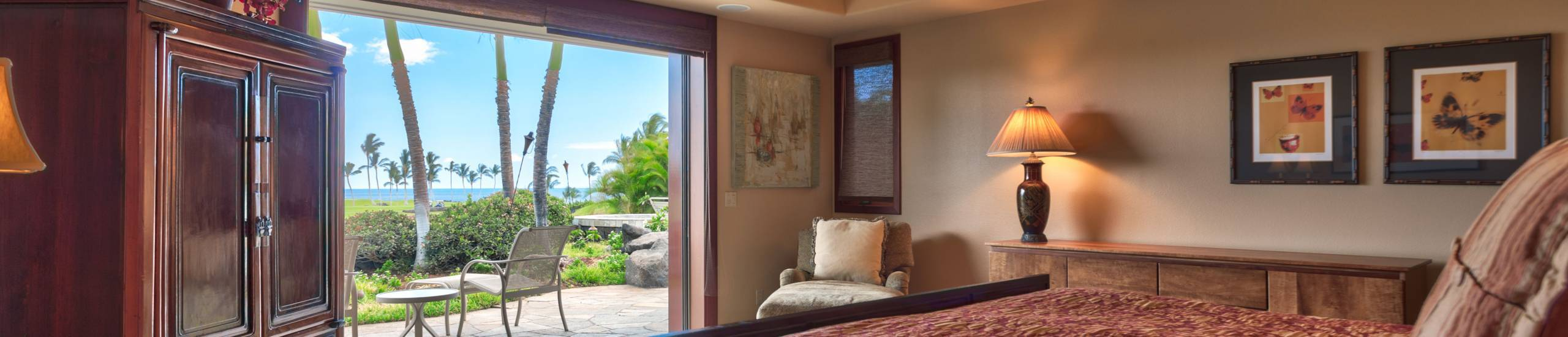 Bedroom with a view in Mauna Lani private home