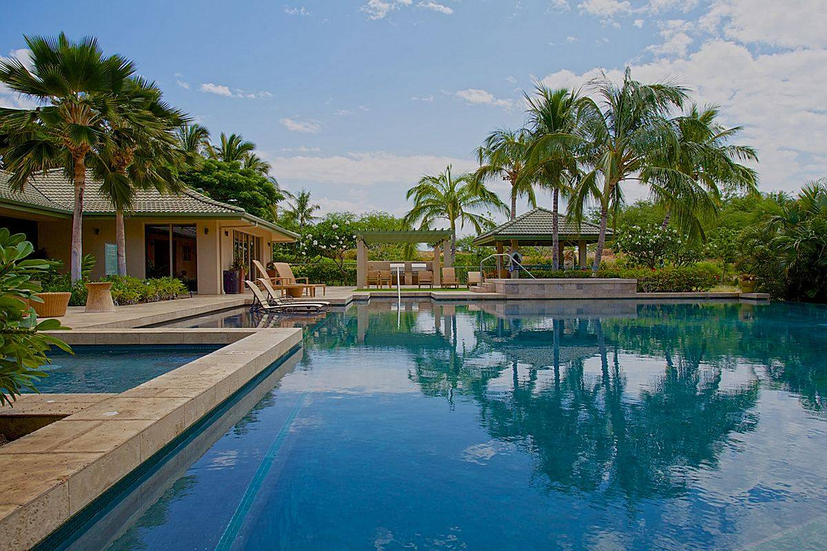 Wai'ula'ula Pool on the Big Island